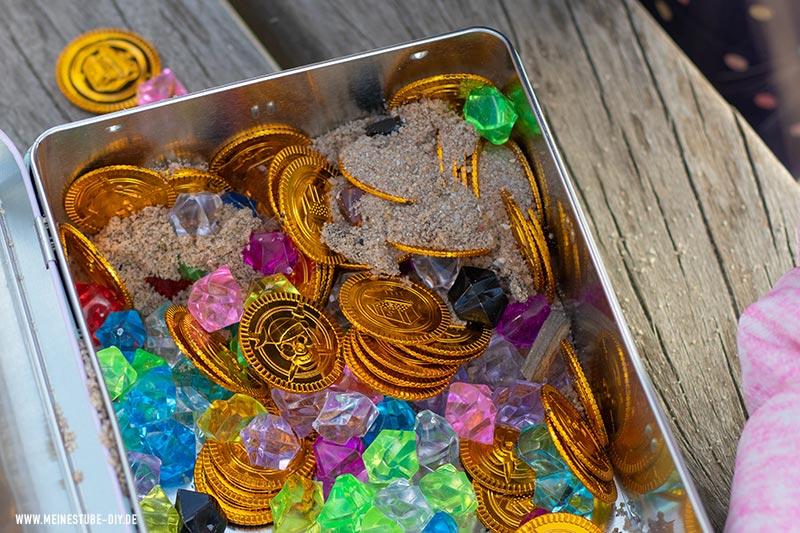 Goldmünzen in der Schatzkiste, meinestube-diy